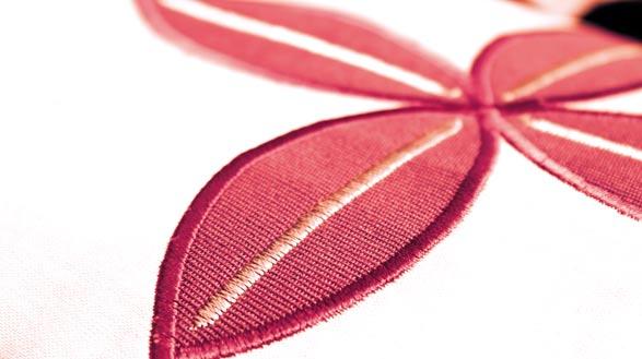 820602096-adila-costura-creative-30-diseños-incorporados-y-fuentes-de-bordado-memoria-para-guardar-combinaciones