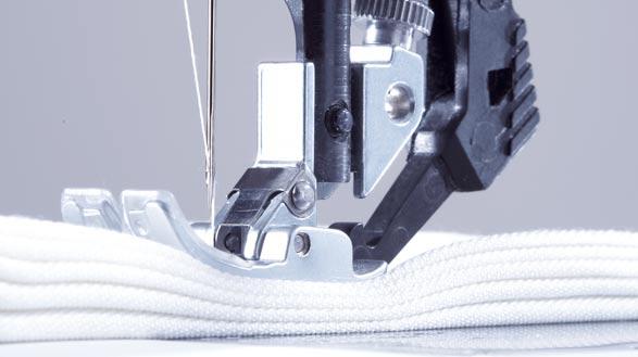 850181141-adila-costura-select-42-potencia-de-penetracion-de-la-aguja-constante